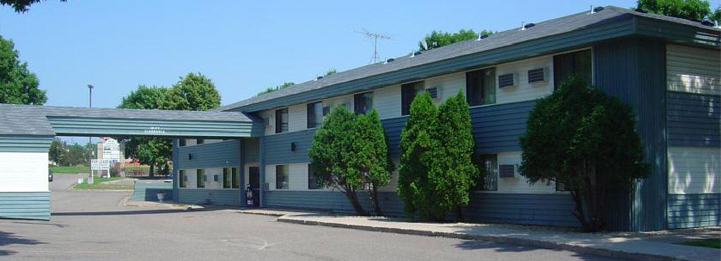 Wakota Inn & Suites | Cheap Hotel in Cottage Grove | Cheap